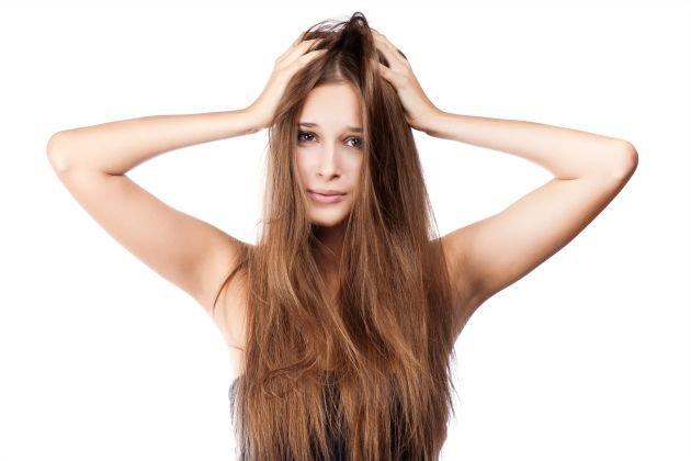 cattive-abitudini-che-rovinano-i-capelli